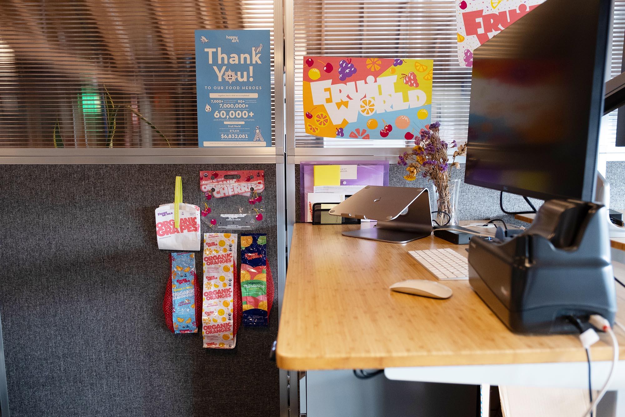 Dedicated desk details
